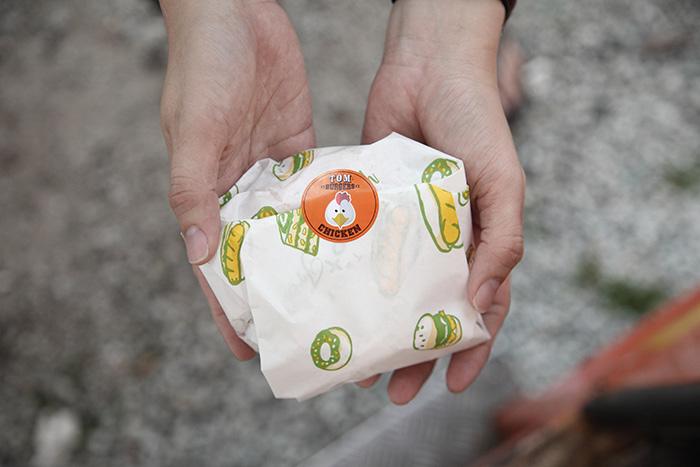 穿梭在城市街角的流動餐車 – 湯姆的創意漢堡
