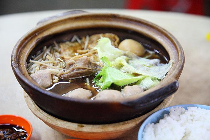 吃湯進補系列 – 肉骨茶